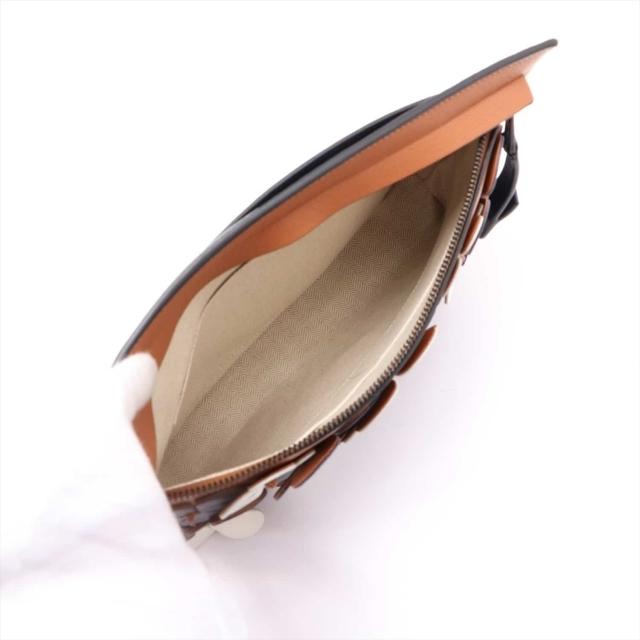 LOEWE(ロエベ)のロエベ  レザー  ブラウン レディース クラッチバッグ レディースのバッグ(クラッチバッグ)の商品写真