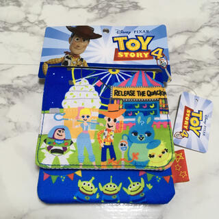 ディズニー(Disney)の即購入OK!新品未使用☆ディズニー トイストーリー  マルチポケット(キャラクターグッズ)