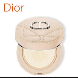 Dior - ディオール 限定 クッションパウダー ゴールデンナイツ