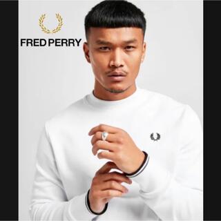 フレッドペリー(FRED PERRY)の【英国限定】fred perry logo white sweat shirt(スウェット)