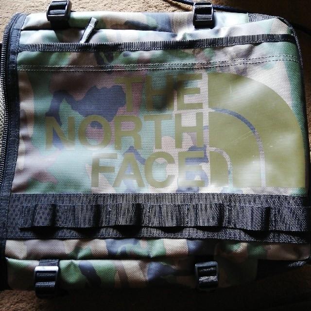 THE NORTH FACE(ザノースフェイス)のTHE NORTH FACE K BC FUSE BOX 迷彩柄 21L メンズのバッグ(バッグパック/リュック)の商品写真