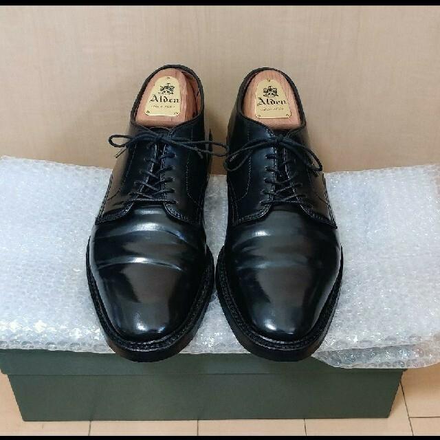 Alden(オールデン)のALDEN 9901別注品 フルメンテナンス&純正シューツリー付 メンズの靴/シューズ(ドレス/ビジネス)の商品写真