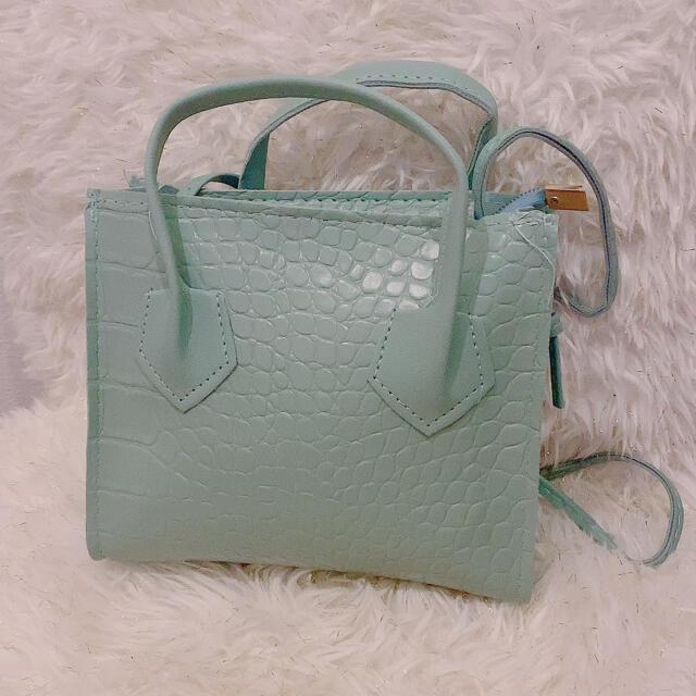 GRL(グレイル)のクロコダイル調 ミニショルダーバッグ レディースのバッグ(ショルダーバッグ)の商品写真