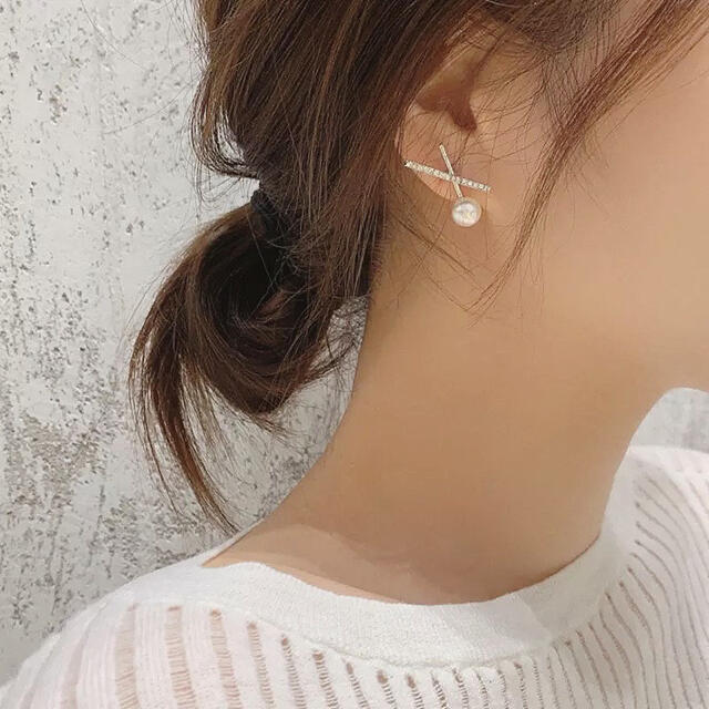 4℃(ヨンドシー)のcross line pearl zirconia pierce ◯s925 レディースのアクセサリー(ピアス)の商品写真