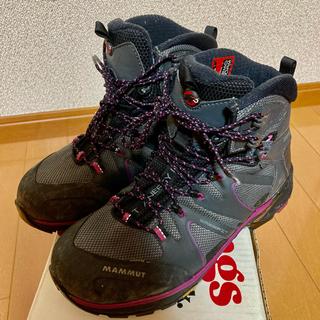 マムート(Mammut)の美品MAMMUT マムート トレッキングブーツ 登山靴24.5 UK5.5 (登山用品)
