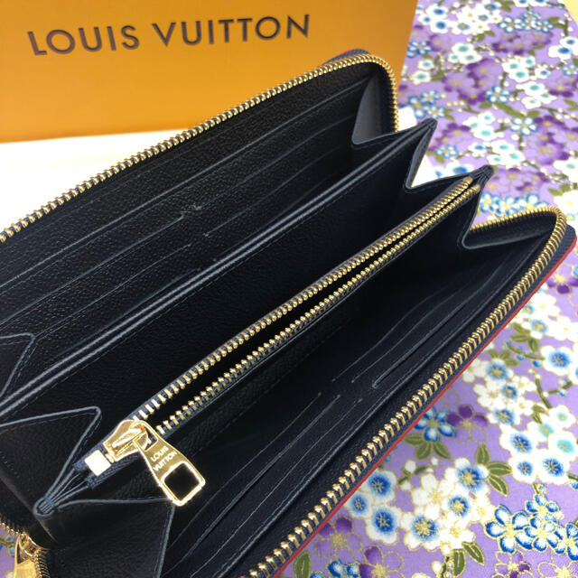LOUIS VUITTON(ルイヴィトン)のルイヴィトン ジッピーウォレット M62121 レディースのファッション小物(財布)の商品写真