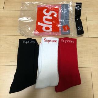 シュプリーム(Supreme)のsupreme Hanes Socks 3色セット 赤.黒.白(ソックス)