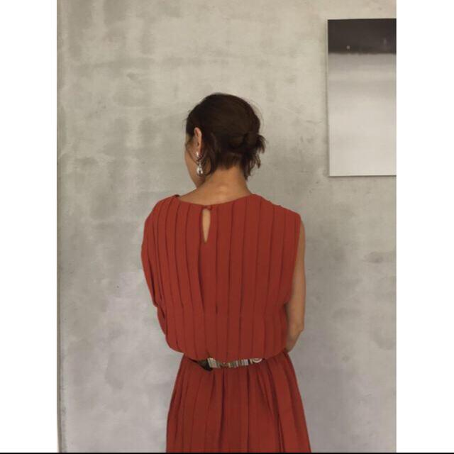 Ameri VINTAGE(アメリヴィンテージ)のAmeri VINTAGE PLEATS STITCH DRESS レディースのワンピース(ロングワンピース/マキシワンピース)の商品写真