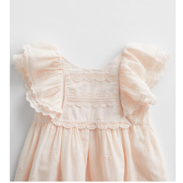 ZARA KIDS(ザラキッズ)の新品未使用 ZARA KIDS BABY ワンピース 18-24  キッズ/ベビー/マタニティのキッズ服女の子用(90cm~)(ワンピース)の商品写真