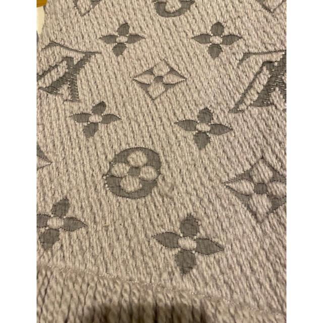 LOUIS VUITTON(ルイヴィトン)のエシャルプ ロゴマニア マフラー レディースのファッション小物(マフラー/ショール)の商品写真