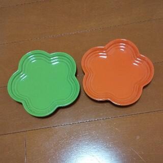 ルクルーゼ(LE CREUSET)のLE CREUSET ル・クルーゼ フラワープレートSサイズ2枚セット(食器)