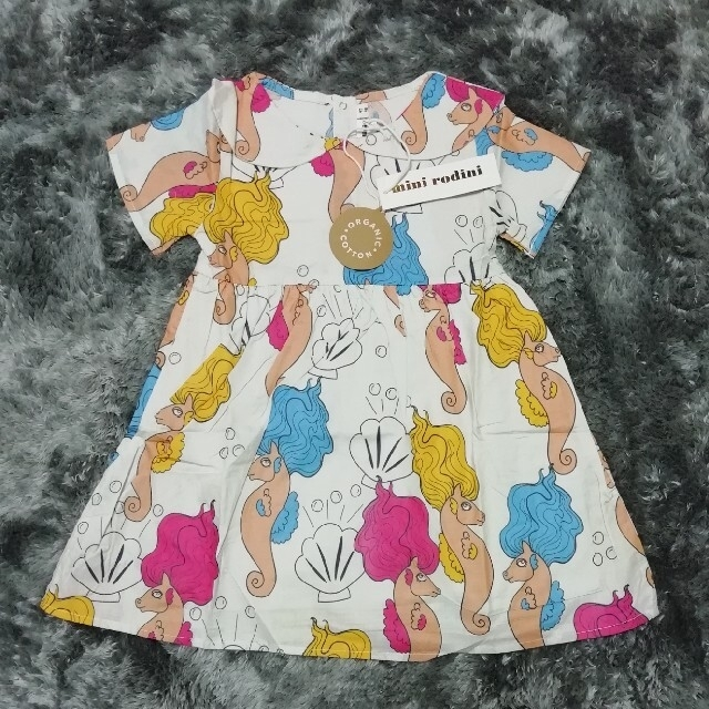 こどもビームス(コドモビームス)のミニロディーニ 6Y タツノオトシゴ セーラー服 キッズ/ベビー/マタニティのキッズ服女の子用(90cm~)(ワンピース)の商品写真