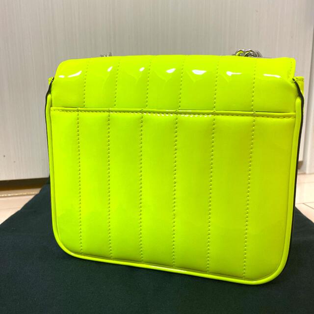 Saint Laurent(サンローラン)のヴィキ サンローラン レディースのバッグ(ショルダーバッグ)の商品写真