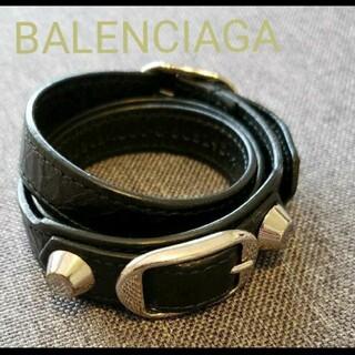バレンシアガ(Balenciaga)のBALENCIAGAジャイアントスタッズレザーブレスレット×シルバー(ブレスレット)