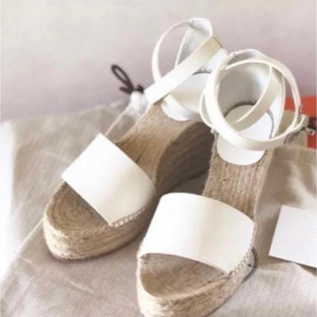 Hermes(エルメス)のエルメス サンダル ティヴォリ 36 レディースの靴/シューズ(サンダル)の商品写真
