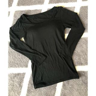 ジーユー(GU)のカップ付き シャツ(アンダーシャツ/防寒インナー)