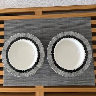 marimekko - マリメッコ シイルトラプータルハ ディーププレート20cm ホワイト/ブラック