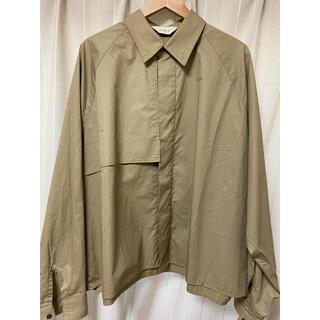 ジエダ(Jieda)のjieda トレンチシャツ 19ss size2(シャツ)
