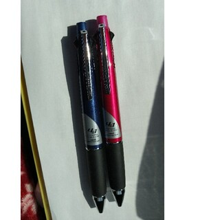 三菱鉛筆 - ジェットストリーム 4×1