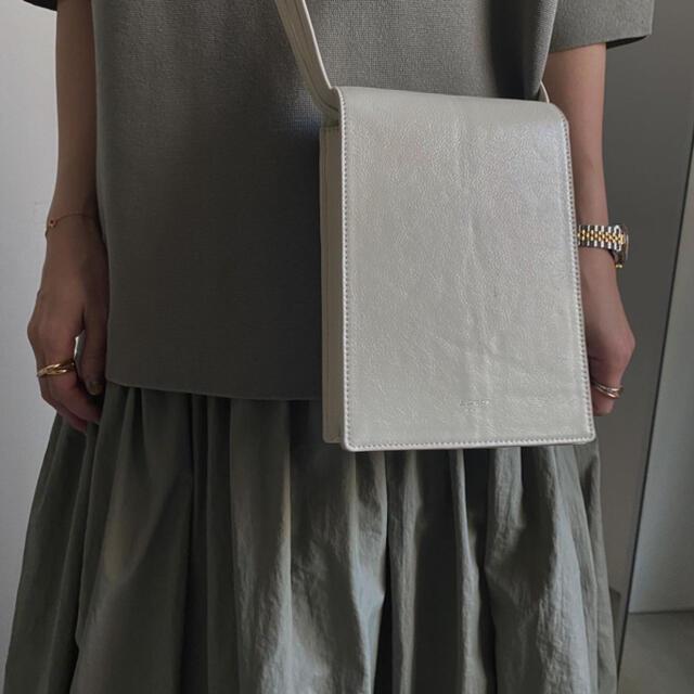 Ameri VINTAGE(アメリヴィンテージ)のノベルティ 本革 レディースのバッグ(ショルダーバッグ)の商品写真