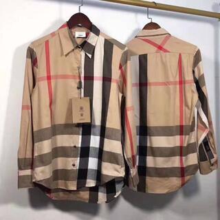BURBERRY - バーバリーの定番チェックの長袖シャツ