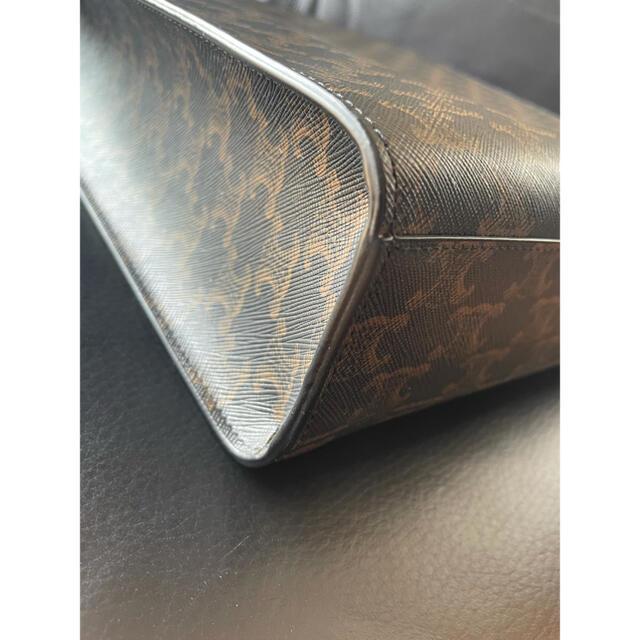 CEFINE(セフィーヌ)のミディアム バーティカル カバ /CELINEプリント入りトリオンフ キャンバス メンズのバッグ(トートバッグ)の商品写真