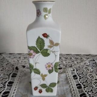 WEDGWOOD - ウェッジウッド 花瓶
