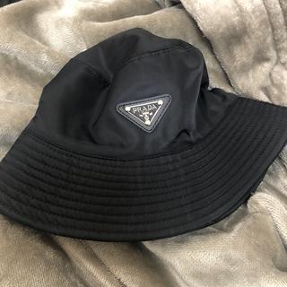 【最安値 PRADA(プラダ)】 ロゴ バケットハット ブラック 黒 帽子