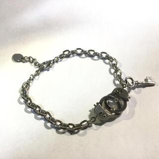 クレアーズ(claire's)の手錠モチーフブレスレット(ブレスレット/バングル)