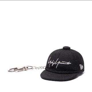 ヨウジヤマモト(Yohji Yamamoto)のYohji Yamamoto × New Era BLACK SERGE CAP(キーホルダー)