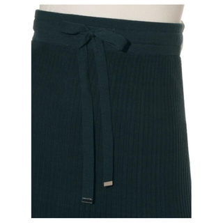 ミラオーウェン(Mila Owen)の美品✨ ミラオーウェン コットン素材のスカート 裏地あり お値下げしました(ロングスカート)