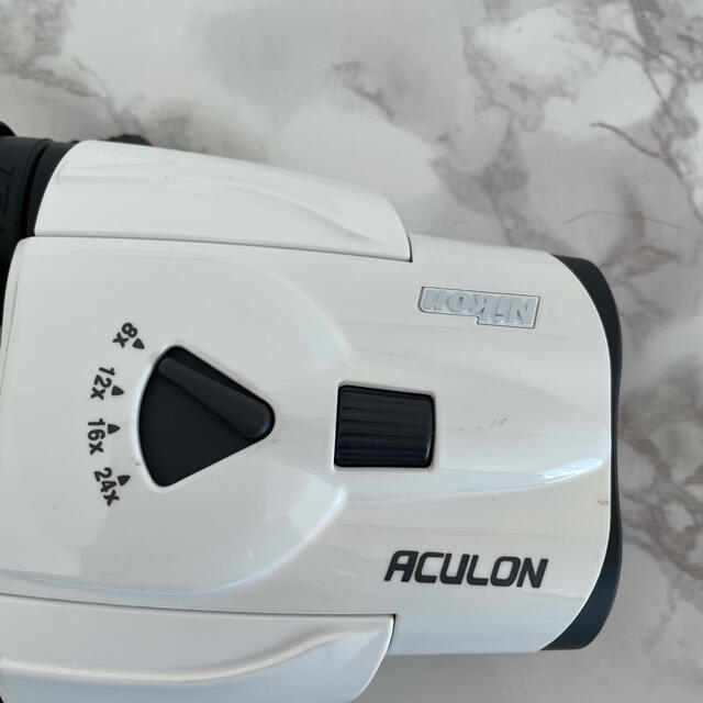 Nikon(ニコン)の【 OTTO様専用】Nikon ACULON T11  双眼鏡 ホワイト スマホ/家電/カメラのカメラ(その他)の商品写真