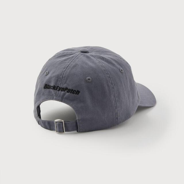 H&M(エイチアンドエム)のH&M × Black Eye Patch コラボ キャップ ブラックアイパッチ メンズの帽子(キャップ)の商品写真