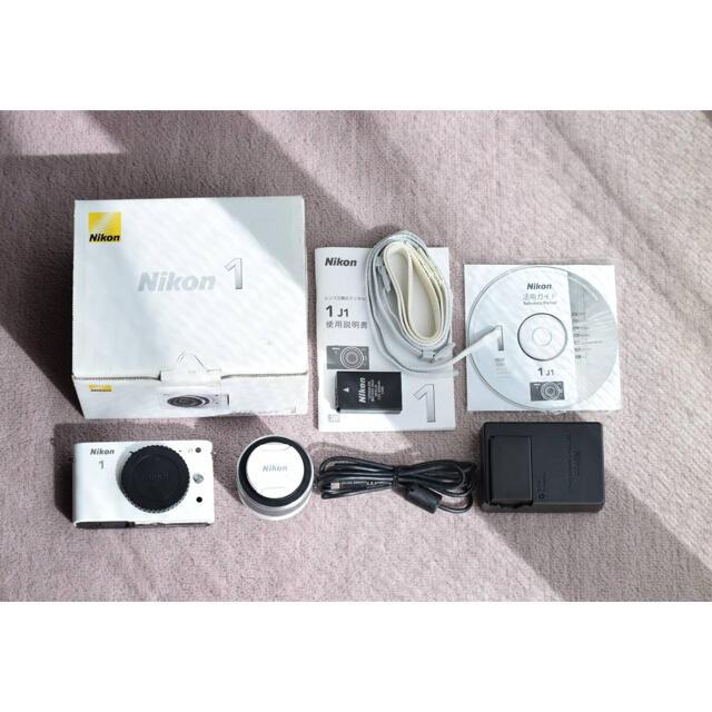 Nikon(ニコン)のNikon NIKON 1 J1 WHITE 動作確認済 スマホ/家電/カメラのカメラ(ミラーレス一眼)の商品写真