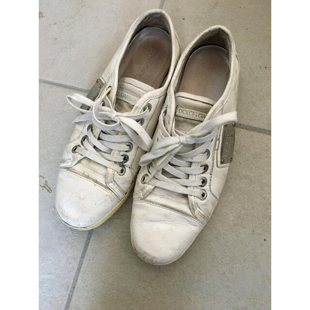 DOLCE&GABBANA(ドルチェアンドガッバーナ)のドルガバ メンズレザースニーカー白27cmロゴプレートスタンスミス メンズの靴/シューズ(スニーカー)の商品写真