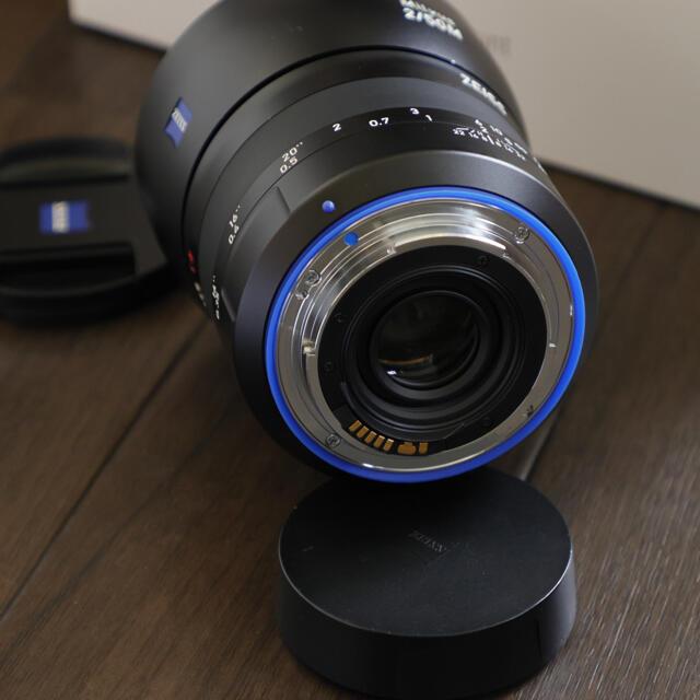 【vpam様専用】【美品】カールツァイス milvus 50/2M EFマウント スマホ/家電/カメラのカメラ(レンズ(単焦点))の商品写真