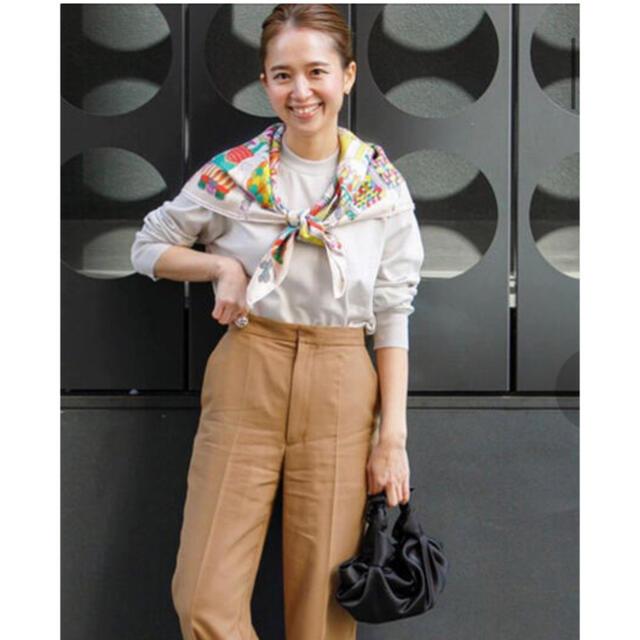 yori トラウザーカラーパンツ レディースのパンツ(カジュアルパンツ)の商品写真