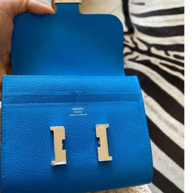 Hermes(エルメス)のブルーザンジバル・エルメス・大変美品・コンスタンスコンパクトウォレット レディースのファッション小物(財布)の商品写真