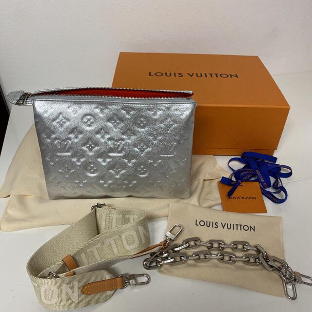 LOUIS VUITTON(ルイヴィトン)のLOUIS VUITTON ショルダーバック クッサン PM シルバー レディースのバッグ(ショルダーバッグ)の商品写真