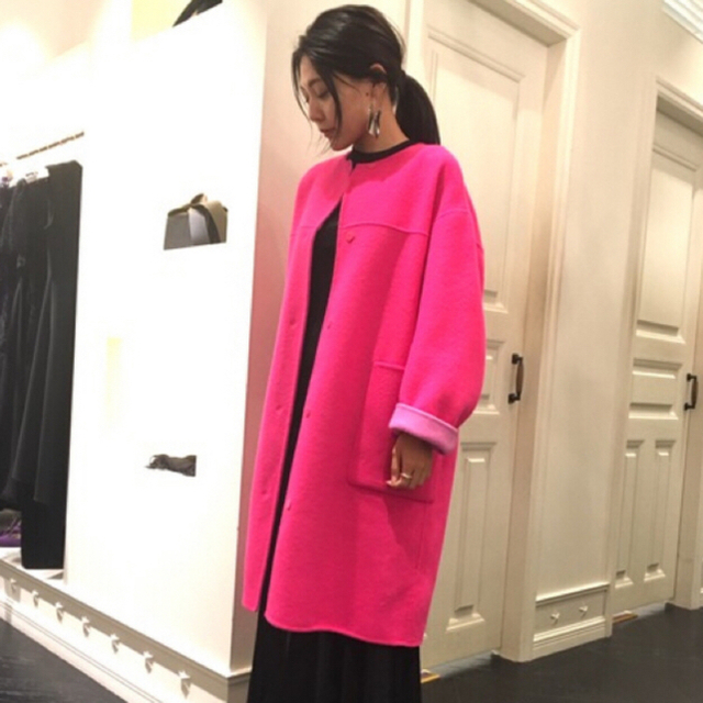FRAY I.D(フレイアイディー)の フレイアイディーfrayidリバーシブルノーカラーコート0ピンク レディースのジャケット/アウター(ロングコート)の商品写真