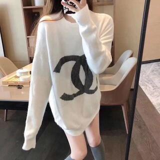 CHANEL - シャネルのセーター