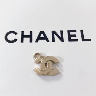 CHANEL - CHANEL シャネル チャーム ネックレス ブレスレット ピアス ゴールド