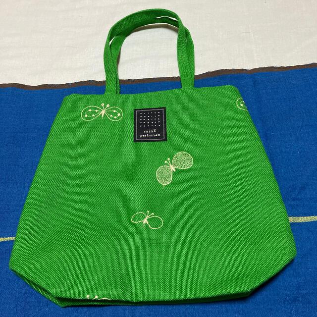 mina perhonen(ミナペルホネン)の[新品・限定品]ミナペルホネン ランチバッグ レディースのバッグ(ハンドバッグ)の商品写真