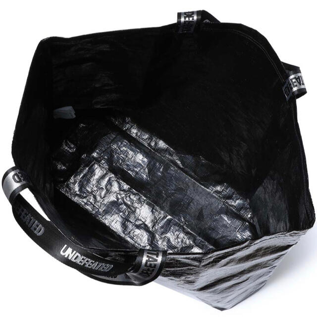 UNDEFEATED(アンディフィーテッド)のUNDEFEATED TOTE BAG LARGE トートバッグ メンズのバッグ(トートバッグ)の商品写真