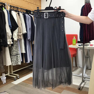 レディアゼル(REDYAZEL)のレディアゼル ベルト付きチュールロングスカート ブラックチャコール(ロングスカート)