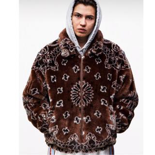 シュプリーム(Supreme)のsupreme bandana faux fur bomber jacket(ダウンジャケット)