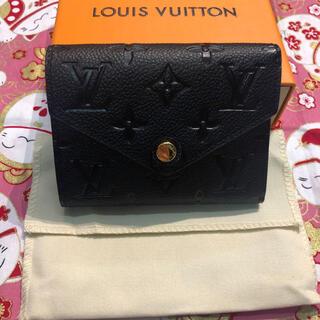 LOUIS VUITTON - ルイヴィトン モノグラム・アンプラントヴィクトリーヌ M64060 三つ折り財布