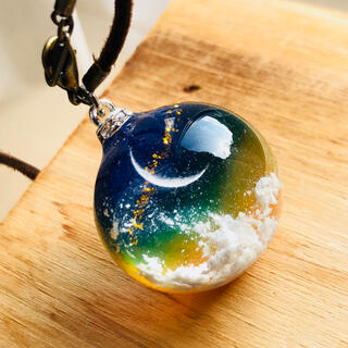 暁月×ネックレス×半球