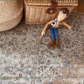 ウニコ(unico)の新品 ペルシャ絨毯風 ラグ カーペット(ラグ)