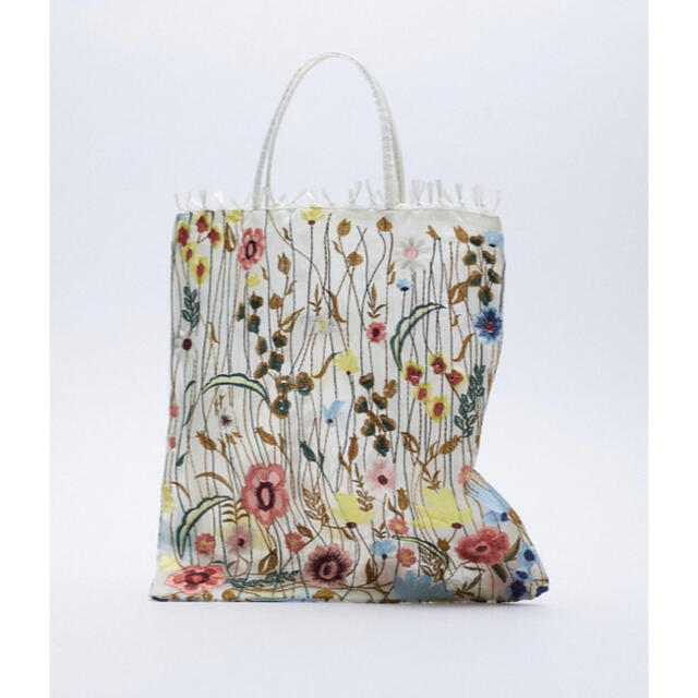 ZARA(ザラ)の【新品/未着用】ZARA フラワーエンブロイダリーチュールトートバッグ トート レディースのバッグ(トートバッグ)の商品写真